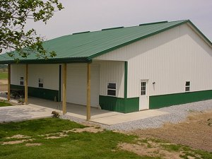 Storage Buildings Evergreen Roof Trim and Wainscot Polar White Sides